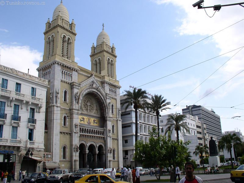 Fotka z Tuniska hav-tunis-kostel-krestansky.jpg